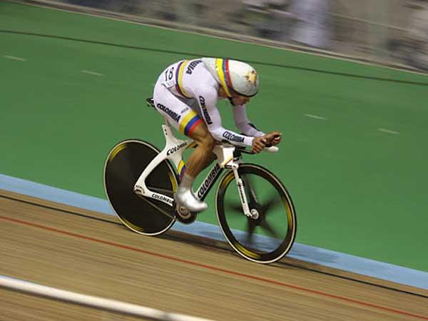 Selección Colombia de ciclismo de pista entrenó en Cali