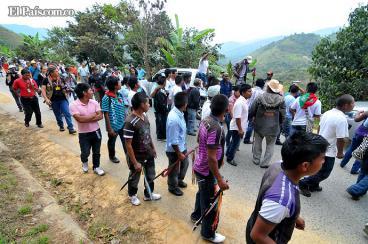 Indígenas del norte del Cauca exígen desalojo de la fuerza pública