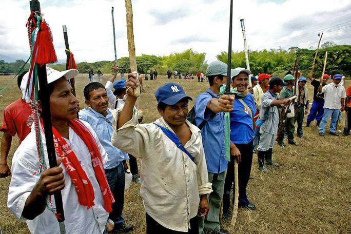 Campesinos del Cauca rechazan campamento de la fuerza pública