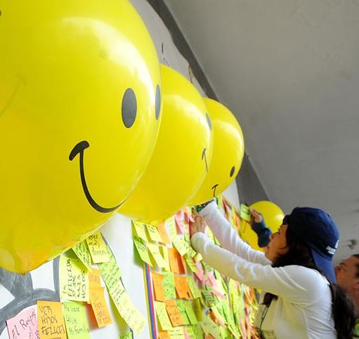 La familia: fuente de felicidad de los caleños según estudio de la Personería y Happy Post Project