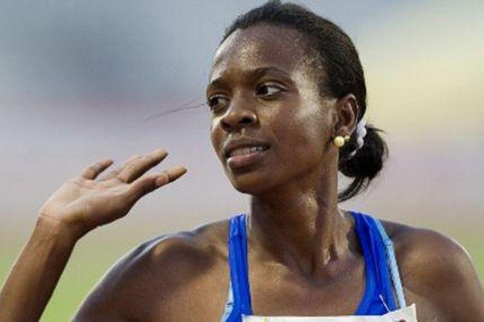 Rosibel  clasificó a la semifinal de los 800 metros