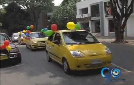 Taxistas le rinden homenaje a la Virgen del Carmen