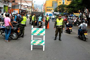 Policía se tomó San Nicolás por irregularidad en compra y venta de vehículos