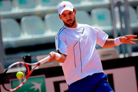 Una apendicitis marginó al tenista Santiago Giraldo del Seguros Bolívar Open