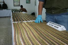 Incautan 1.500 cartuchos camuflados en una cama en el Cauca