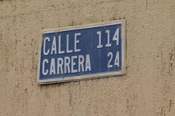 Habitantes de Ciudadela del Río denuncian sobrecostos en intereses de sus casas