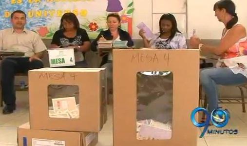 En las consultas internas sólo votaron 506 mil colombianos