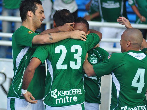 Con doblete de Diego Peralta, el Deportivo Cali deja su victoria en casa