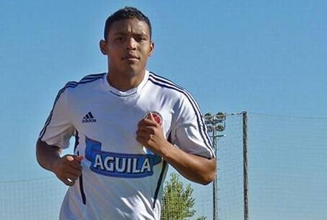 Colombianos que juegan el ´Calcio' con problemas para unirse a la selección