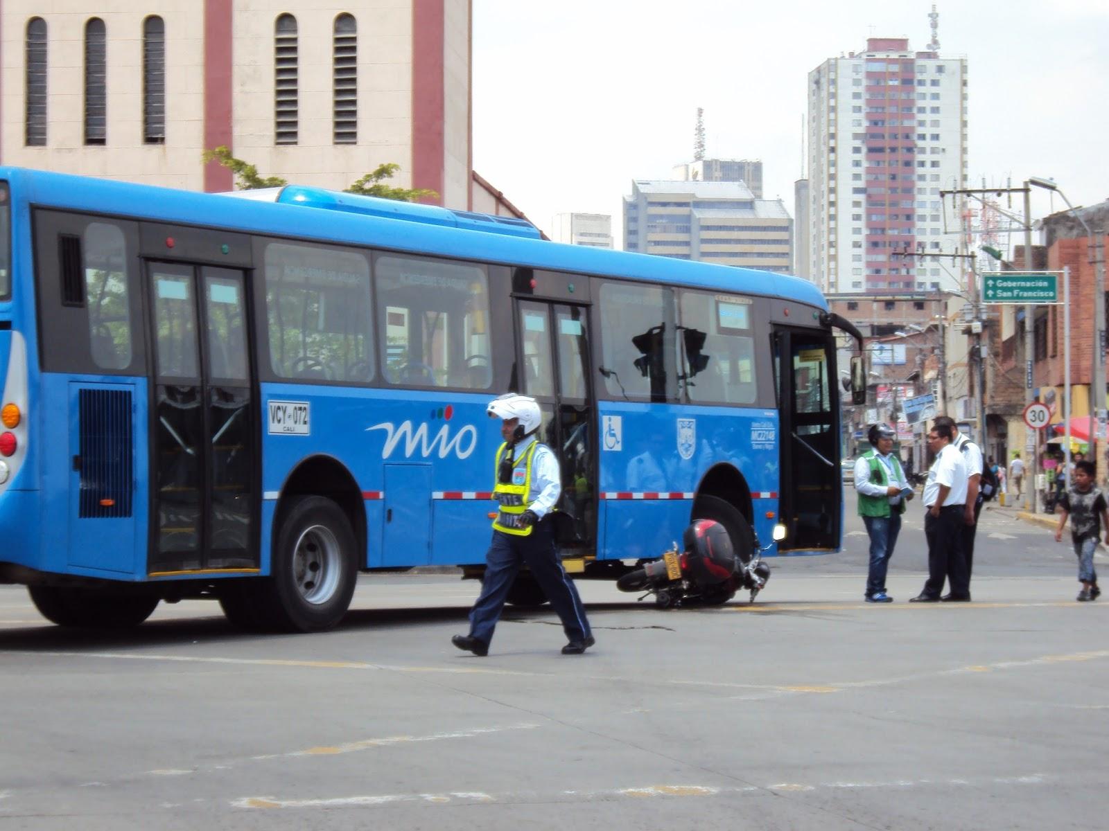 Metrocali anuncia 600 vacantes para conductores en el MIO