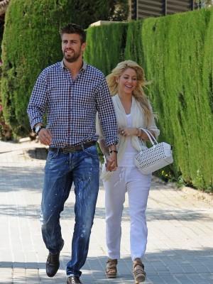 Al fin Shakira se decidió a anunciar su embarazo