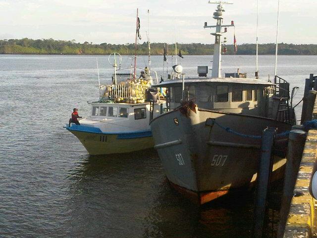 Tres miembros de la Armada Nacional detenidos en Buenaventura