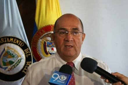 Gobernador del Valle pidió la renuncia a la Directora Administrativa del HUV
