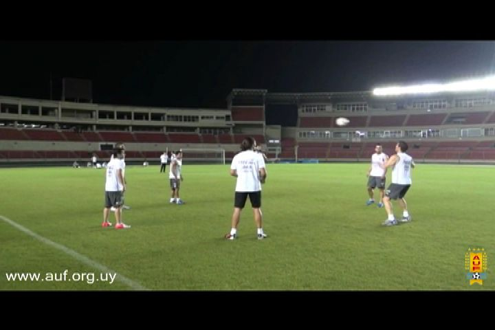 Uruguay se concentra en Panamá para juego ante Colombia