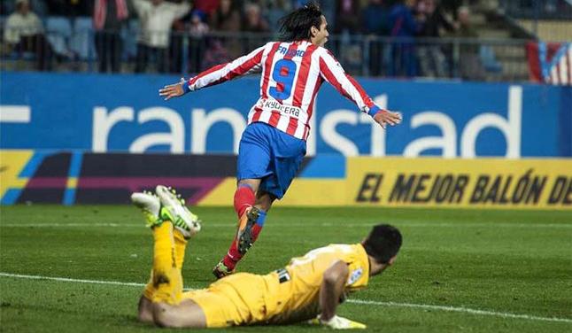 Con gol de Falcao García, Atlético de Madrid selló la victoria ante Osasuna