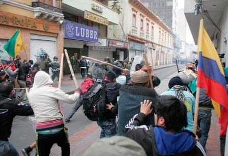 En Pasto, manifestantes se enfrentaron contra el Esmad