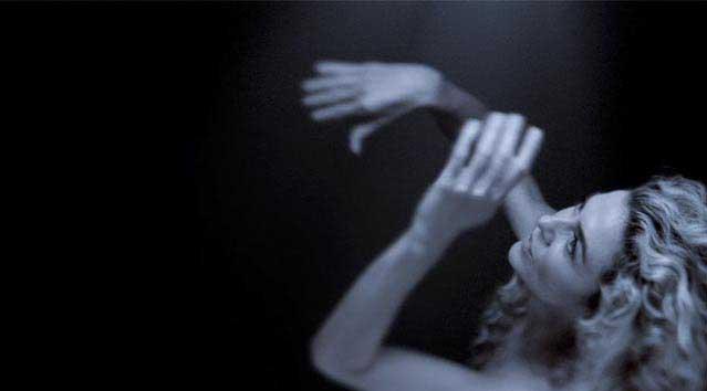 Margarita Rosa de Francisco regresa a la música, al desnudo