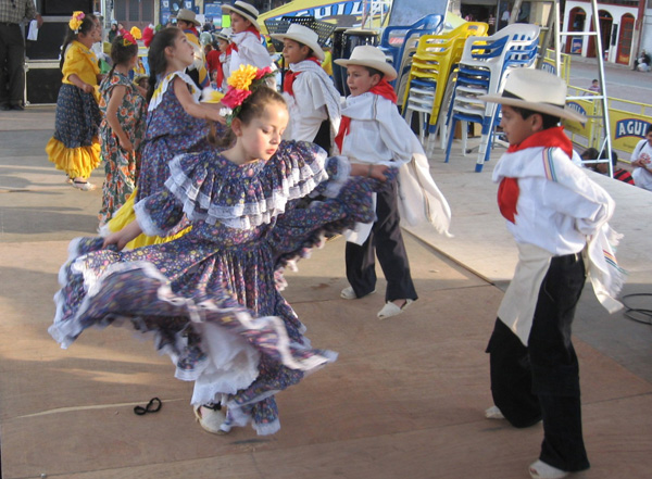 Las danzas ancestrales vuelven a retumbar en Guacarí