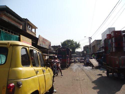 Operativos en Santa Elena contra descarga de productos en lugares no autorizados