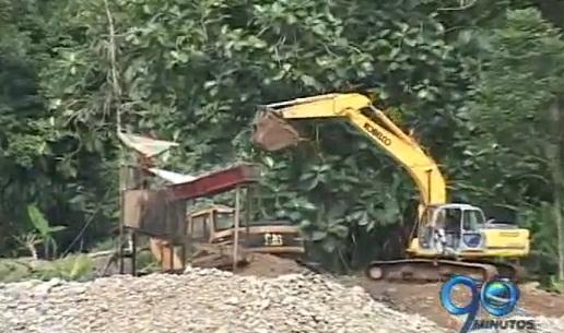 El Valle sin autoridades para controlar explotación minera