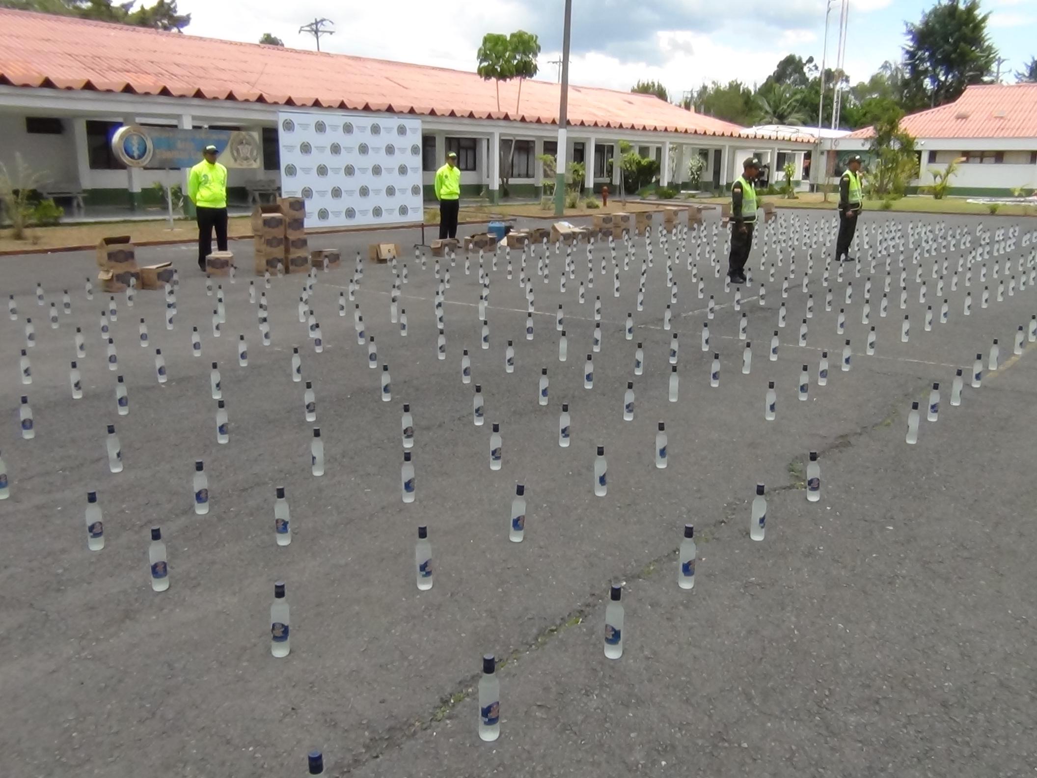 Policía del Cauca incautó licor adulterado en Rosas, Cauca