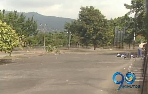 Directivo de la Plaza de Toros explica negocio de venta de los parqueaderos