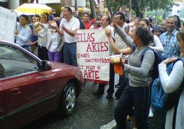 Funcionarios de Bellas Artes protestaron por la falta de recursos