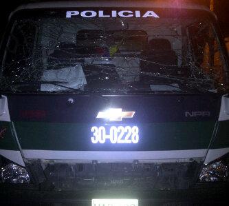 En Tuluá detonan explosivo al paso de patrulla de la Policía