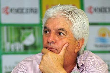 El Deportivo Cali tiene nuevo timonel, tras la renuncia de Julio Comesaña