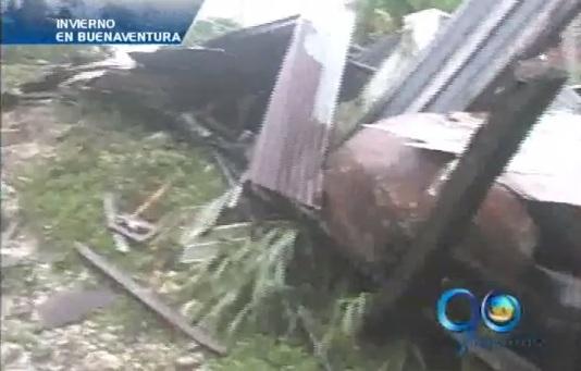 Tres personas damnificadas por fuerte lluvia en Buenaventura