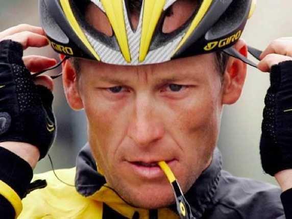 Lance Armstrong, el rey del ciclismo se quedó sin trono tras decisión de la UCI