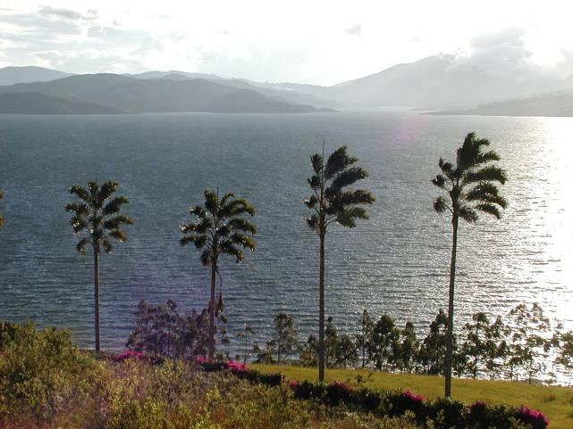 El Pacífico, bordeado por un niño débil