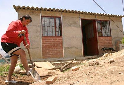Entre 40 y 50 mil viviendas para los más necesitados  construiría la Gobernación del Valle en los próximos 3 años .