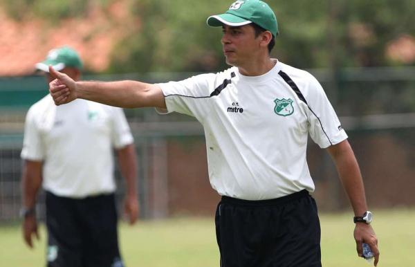 Héctor Cárdenas confía en sus jugadores para lograr la clasificación