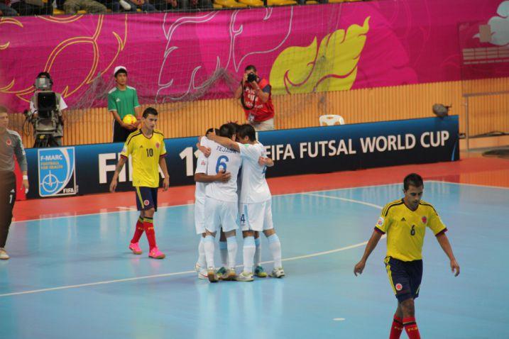 Pese a perder ante Rusia, Colombia clasificó a octavos en mundial de Futsal