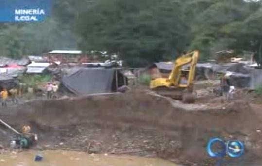 Gobernación propone destruir maquinaria de minería ilegal