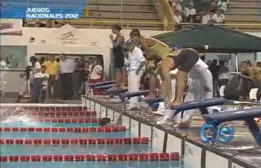 Gran actuación de la delegación del Valle de natación