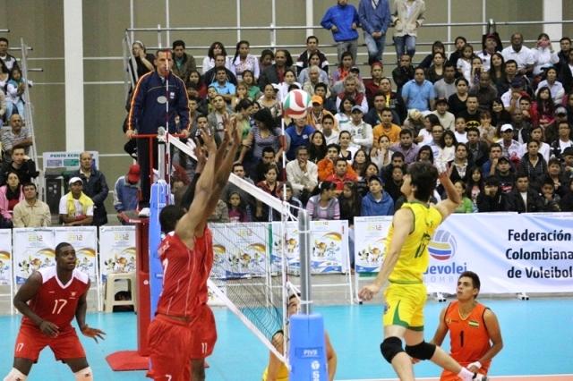 La selección masculina de voleibol lucha por la presea dorada