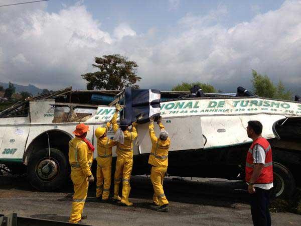 Fatal accidente de tránsito dejó 27 muertos
