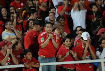 """""""Nosotros no podemos perder la fe jamás"""": Eduardo Lara"""