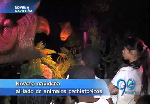 Niños de varias fundaciones celebran la Navidad con dinosaurios