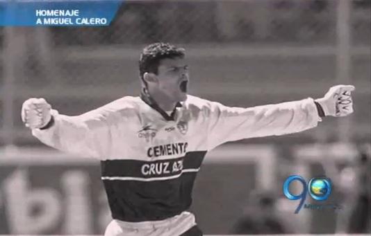En una emotiva celebración, Miguel Calero entró al Salón de la Fama del Pachuca