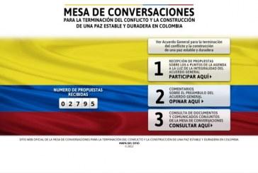 Colombianos opinan sobre el conflicto armado en un sitio web