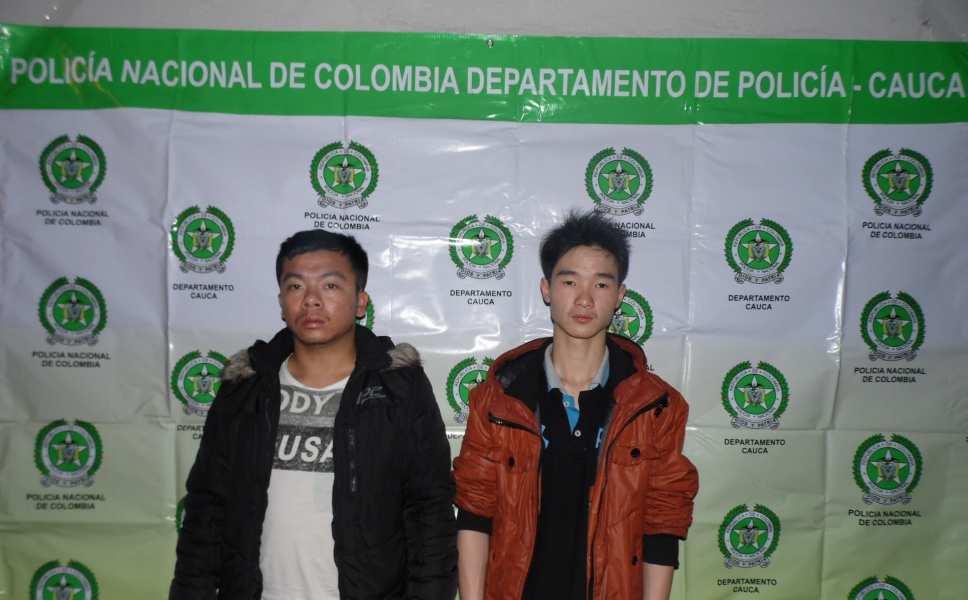 Retienen dos inmigrantes chinos en la vía Cali Popayán