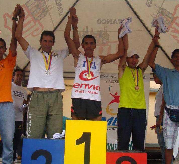 Atleta tumaqueño guerrea por fuera de la pista para ir a un mundial