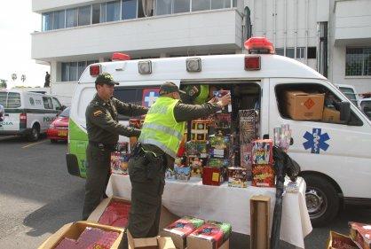 Descubren ambulancia en la que transportaban pólvora en Cali