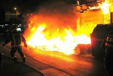 Incendio en Palmira consume una ferretería