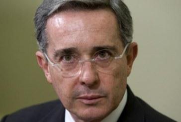 Reviven investigación contra expresidente Uribe