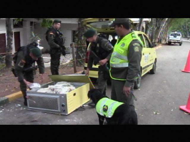 Policía de Cali encuentra marihuana en un horno de pizza