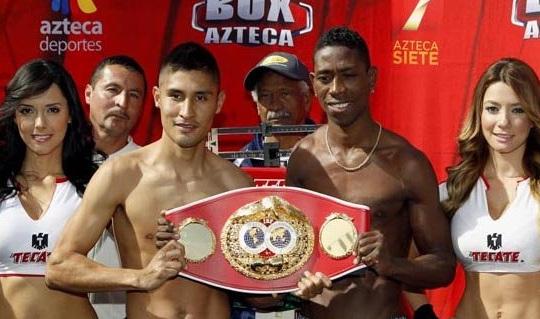 Boxeador caleño, el 'Momo' Romero, logró el título Mundial Supergallo